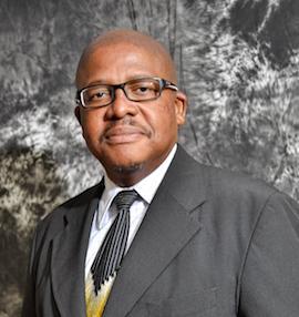 Dr Martin Mandew