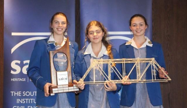 Grade 11 learners Inca Cornje, Cailin Prinsloo and Courtney Hill