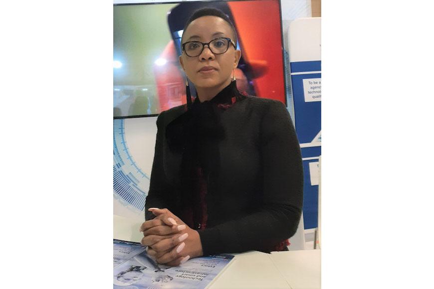 Dr Linda-Linganiso